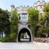 Скандальный особняк Playboy, где Хью Хефнер устраивал лучшие вечеринки