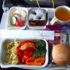 Пристегните ремни: откровения стюардессы о том, как мы летаем