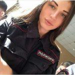 Симпатичные девушки на страже порядка