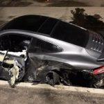 Владельцу разбитого спорткара Porsche 911 отказали в замене авто