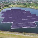 Построена солнечная электростанция на воде
