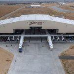 В США приступили к наземным тестированиям самого большого в мире транспортного самолета Stratolaunch