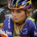 Пак Мунен — очаровательная велосипедистка из Голландии
