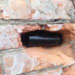 В новосибирской школе обнаружили забытую капсулу времени