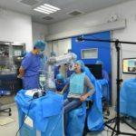 В Китае робот-стоматолог впервые вставил зубы человеку