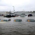 Что происходит в США с автомобилями, пострадавшими от урагана Харви