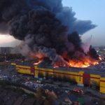 Строительный рынок «Синдика» охватило пламя
