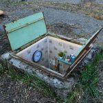 Диггеры обнаружили секретные комнаты за заброшенными канализационными люками