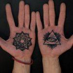 5 участков тела,на которых нельзя делать татуировку, даже если очень хочется